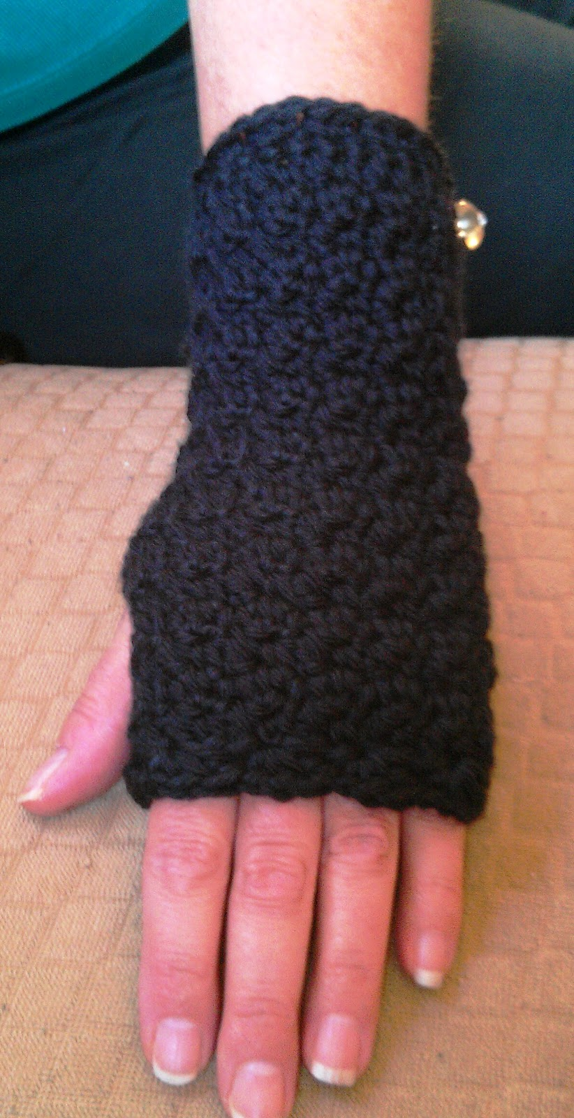 Crocheting By Hand : New Crochet Hand/Wrist Warmers Pattern Cute Crochet